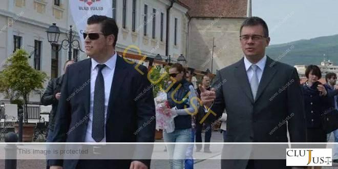 Aksoy Yavuz si Mihai Răzvan Ungureanu in campanie