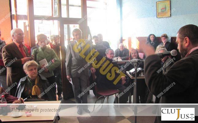 Lansare de carte la cafeneaua Arizona