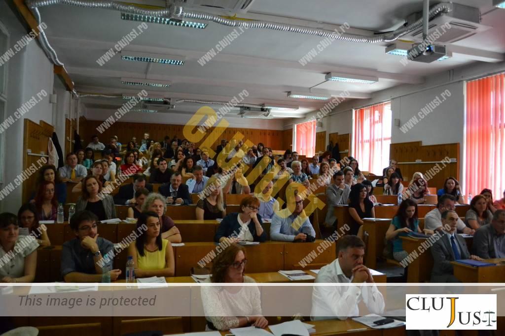 auditoriu la conferinta drept comercial ubb 2015 (4)