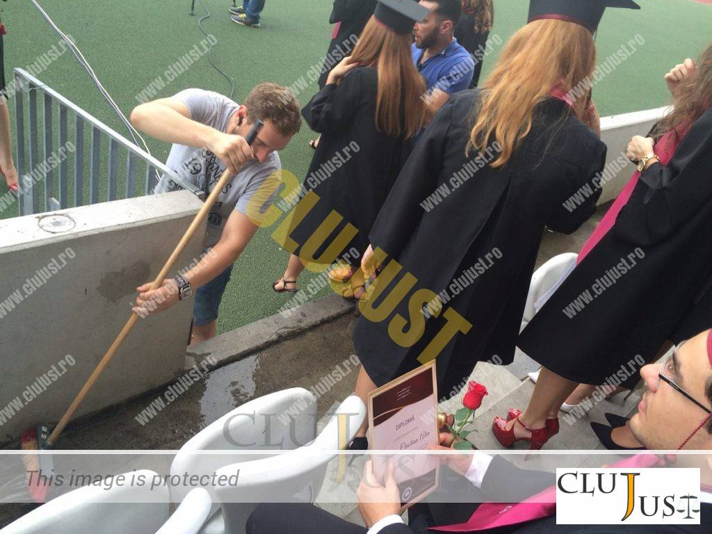 apa absolvire pe cluj arena (2)