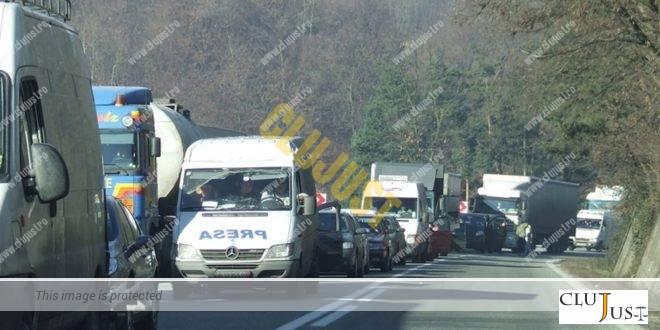 Poliția recomandă ruta ocolitoare Cluj-Oradea din cauza Târgului de la Negreni