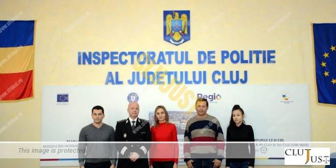 Patru oameni cu spirit civic, care au oprit un jaf la un magazin, au primit diplome de la IPJ Cluj