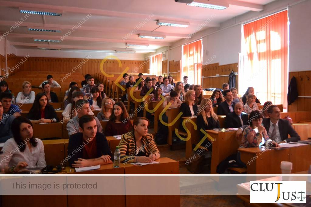 studenti si avocati la facultatea de drept UBB