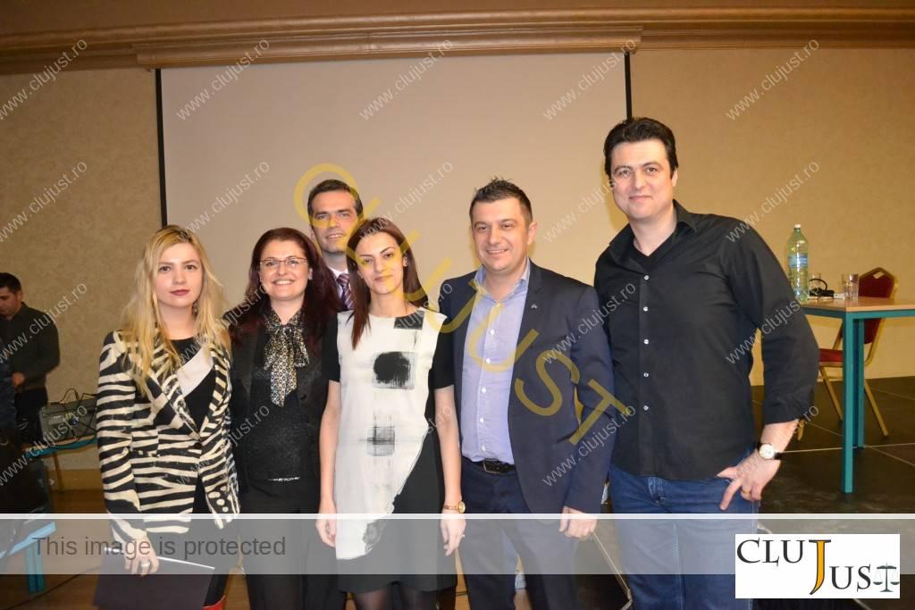 Avocații Ioana Bâlc, Anca și Voicu Sârb, Denisa Iancu, alături de Magnoliu Stan și Dragoș Pop