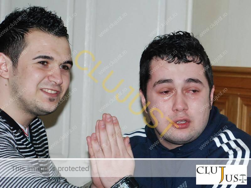 Baciu si Hosu la momentul eliberării din arest preventiv