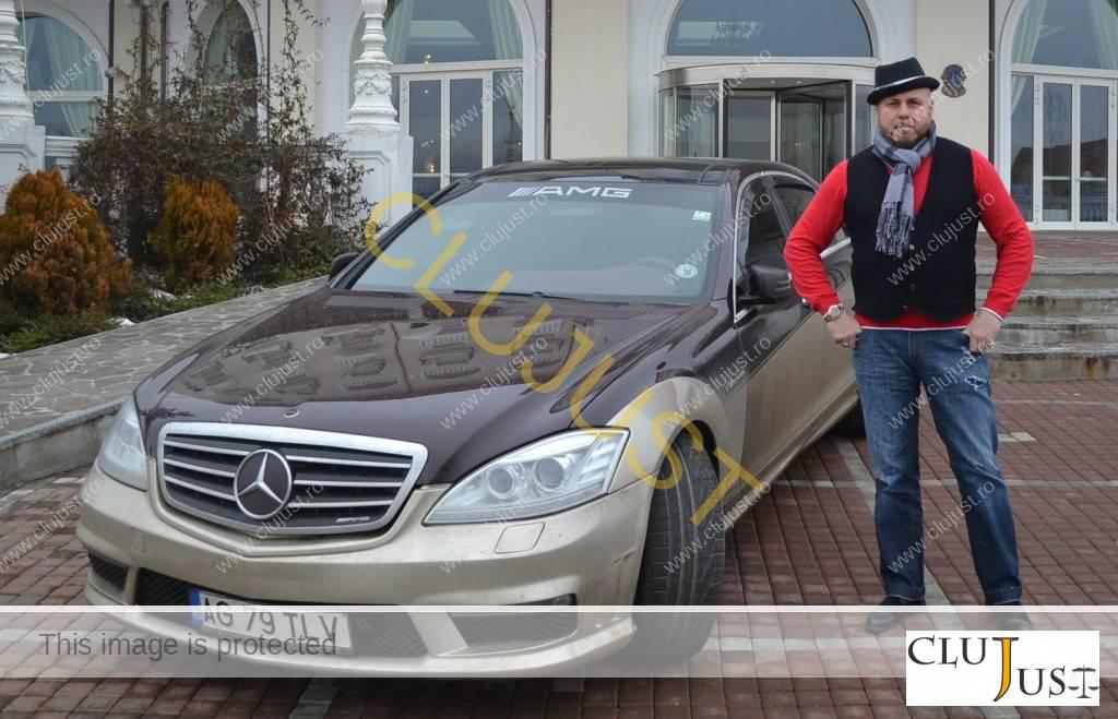 Mașina este înmatriculată în România
