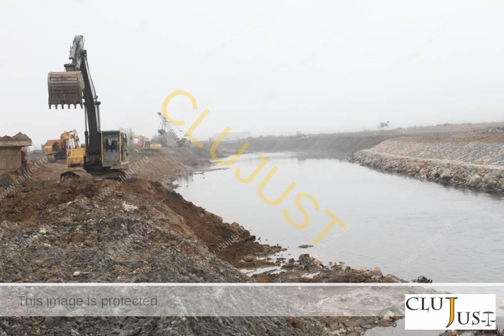 Socot, Tehnodomus și Azimut lucrează la devierea Someșului