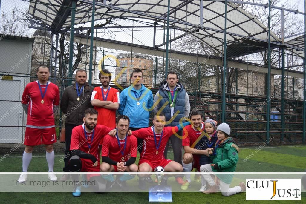Echipa câștigătoare