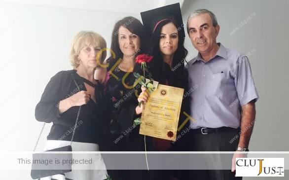Livia Moldovan alături de părinții și sora ei