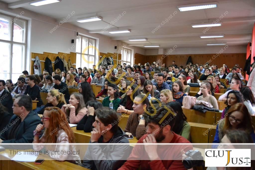 studenti la conferinta elsa cluj-napoca (6)