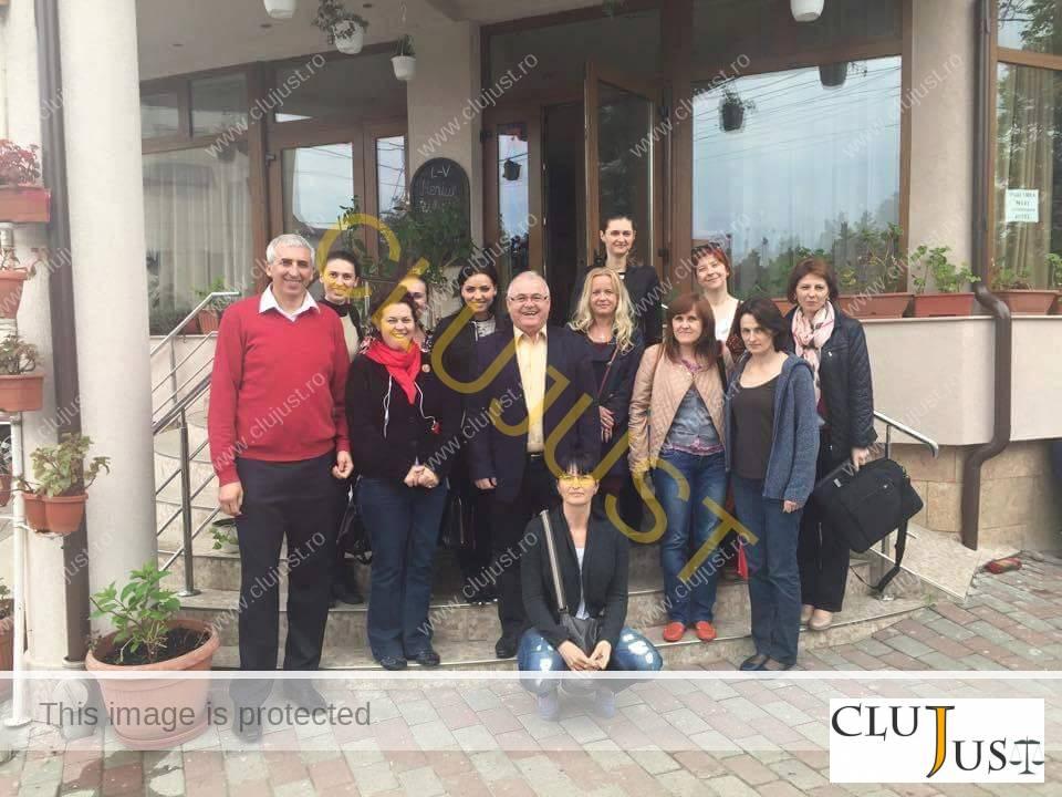 Absolvenții cursului de profiling alături de profesorul Ion Duvac