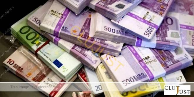 """CJUE: """"Banca trebuie să prezinte riscurile inerente contractării unui împrumut în monedă străină"""""""