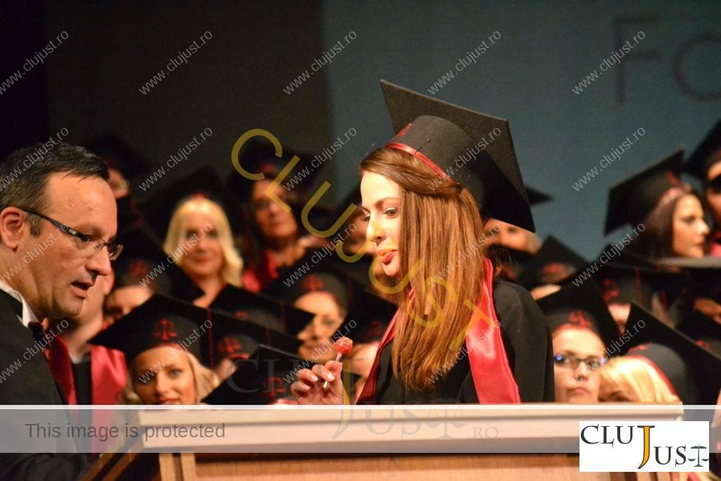 studenti festivitate absolvire facultatea de drept cantemir cluj 2016 (56)