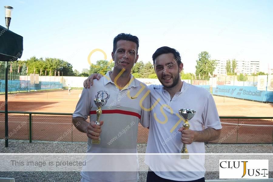 Septimiu Puț (stânga) și Mihai Pop (dreapta)
