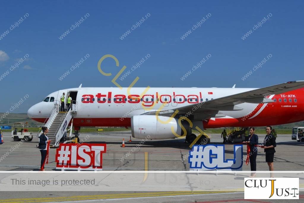 avion atlasglobal (3)