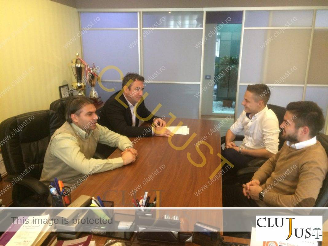 Ședință operativă cu avocații-fotbaliști de la cabinetul Budișan; Ciprian Roman, Alex Corpodean și Răzvan Trușcă