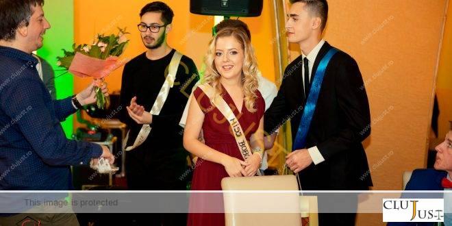 """Eleganță, momente haioase, dans și muzică de calitate la Balul Bobocilor de la Drept """"Cantemir"""" Cluj FOTO"""