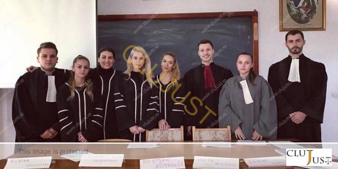 "O altfel de prezentare de referat la un seminar de la Facultatea de Drept ""Dimitrie Cantemir"" Cluj"