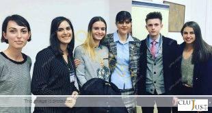 Studenții din Cluj s-au fotografiat cu procurorul șef DNA, Laura Codruța kovesi