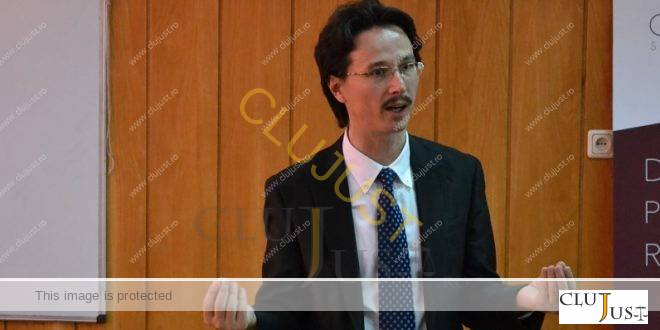 Pe intelesul tuturor: Decizia CCR privind condamnatul care nu poate fi ministru