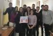 """Studenții de la Facultatea de Drept """"Dimitrie Cantemir"""" dau cafea și ceai contra donații pentru o casă de copii"""