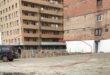 Ăsta da tupeu: Țeparul Onuc s-a apucat să mai construiască un bloc lângă cele două fără autorizație