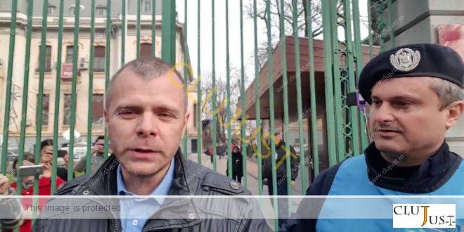 MOTIVARE: Anularea amenzii aplicate cunoscutului jurnalist #rezist Mălin Bot în fața Ministerului Justiției