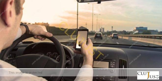 """Șofer sancționat pentru că folosea telefonul în timp ce conducea: """"Am vrut să filmez pentru Info Trafic!"""""""