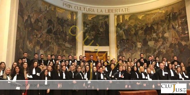 Peste 100 de avocați stagiari din Baroul Cluj au depus jurământul profesional FOTO/VIDEO