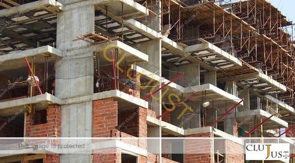 Dezvoltatori imobiliari din Cluj care nu au predat apartamentele promise, achitați de înșelăciune, obligați la plata de daune