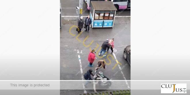 Bărbatul care a răsturnat o tânără în scaun cu rotile a fost reținut