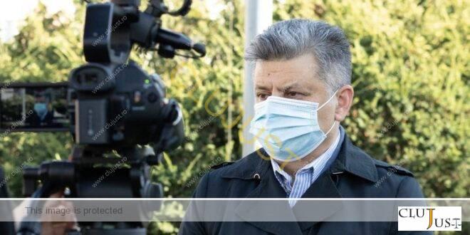 """Fost angajator al candidatul USR-PLUS Cluj pentru Senat: """"în timpul serviciului, se uita la site-uri interzise minorilor"""""""