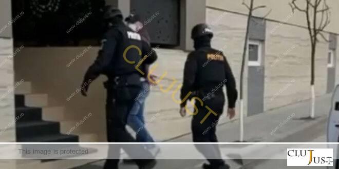 Urmărit internațional periculos, prins la Cluj. Are două mandate pe numele lui