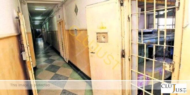 Incident ciudat la Penitenciarul Gherla: Un deținut a ieșit prin vizetă!